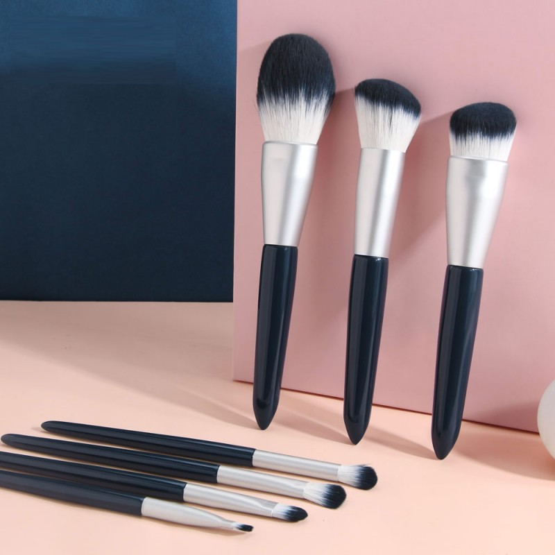 Chinese Manufacture Skin Friendly Nature Travel Makeup Brush Set For Face Makeup Beauty
